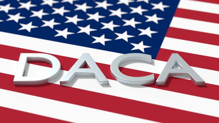 DACA nuevas aplicaciones lento uscis